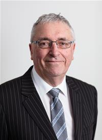 Profile image for Councillor Chris Furness